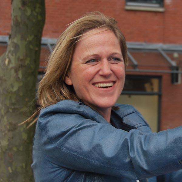 Nathalie van Dam
